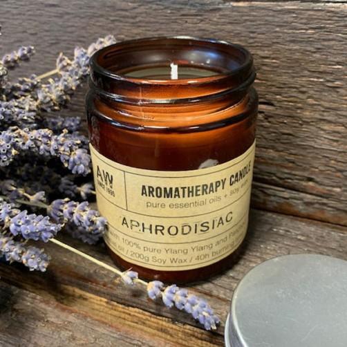 Afrodiziak naravna aromaterapijska sojina sveča